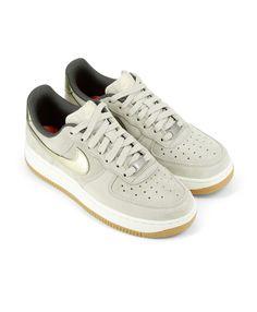 innovative design d493a 9701e Chaussures Vente Chaude Nike Air Force 1 Femme Prix Usine Solde FR94 Chaussure  Nike Air,