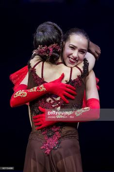 Evgenia Medvedeva congratulates Alina Zagitova of Russia in the ladies medal ceremony during day four of the European Figure Skating Championships at Megasport Arena on January 2018 in Moscow,. Get premium, high resolution news photos at Getty Images Kim Yuna, Ice Skating, Figure Skating, Russian Figure Skater, Alina Zagitova, Medvedeva, Ice Dance, Winter Olympics, Unitards