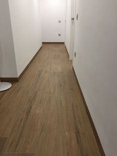 We love seeing your #projects with our #ceramics! This floor made with our #3000Roble wood effect #porcelain #tile looks awesome!