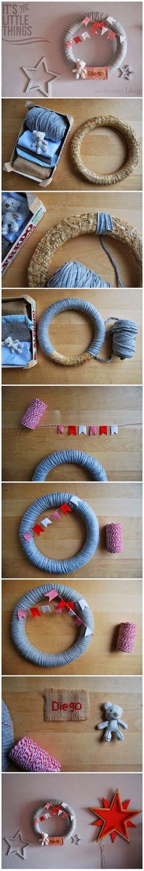 Baby wreath in grey and red DIY . Corona para bebé hecha a mano en gris y rojo. http://sosunnyblog.blogspot.com.es/2014/04/una-corona-para-dar-la-bienvenida-un.html