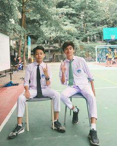 Cute Asian Guys, Asian Boys, Cute Guys, Boy Images, Boy Pictures, Bad Boy Aesthetic, Boy Celebrities, Dream Boyfriend, Korea Boy