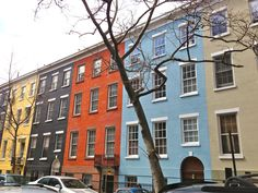 Sullivan street houses. Pretty, right? They're part of the tiny MacDougal-Sullivan Gardens Historic District, a collection of 22 homes built in Greek Revival style between 1844 and 1850.