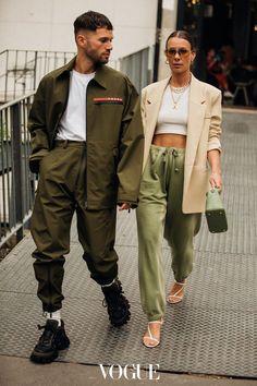 Paris Fashion Week Men's: Vogue's edit of the best street st.- Paris Fashion Week Men's: Vogue's edit of the best street style - Men's Street Style Paris, Look Street Style, Spring Street Style, Cool Street Fashion, Street Chic, Fashion Male, Fashion Couple, Fashion Vest, Fashion Hoodies