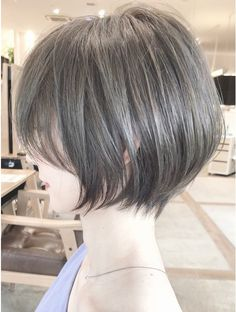 Pin on ショートヘア Short Hair Cuts For Women, Girl Short Hair, Pelo Guay, Korean Short Hair, Shot Hair Styles, Short Bob Haircuts, Asian Hair, Cut My Hair, Look Chic
