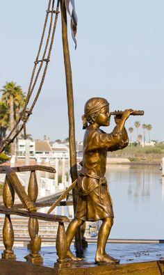 Beautiful Sculpture by Angela Mia De La Vega - Beauty will save Outdoor Sculpture, Sculpture Art, Las Vegas, Arts And Crafts House, Bronze, Artist Gallery, Old Master, New Art, Street Art