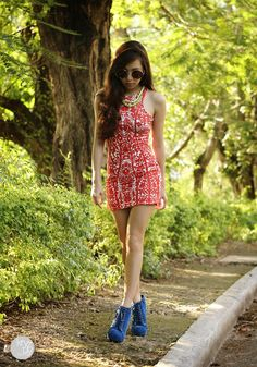 Urban Dressing dress, Luxury Mall boots, Zero UV sunnies, Extreme Finds neon necklace, Korean Rose yellow necklace
