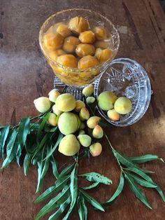 Doce de pêssego em compota feita na Fazenda Florença.