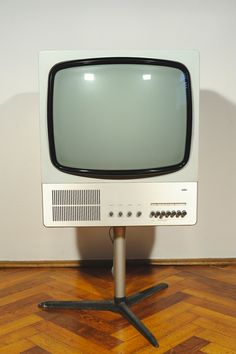 The Braun FS 80 Television