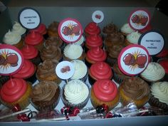 Fight (boxing)party cupcakes Boxing Fight, Party Cupcakes, Desserts, Food, Tailgate Desserts, Deserts, Essen, Postres, Meals