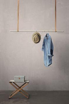 Hangend kledingrek