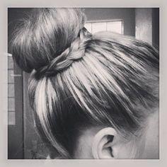 #sockbun #bun #hair #braid #highlights #blonde #cute #style #updo by Wambui