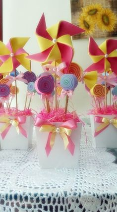 Discover thousands of images about would be great for party favors Dinner Party Decorations, Party Centerpieces, Carnival Themes, Circus Party, Candy Party, Diy Arts And Crafts, Candyland, Diy Party, Ideas Party