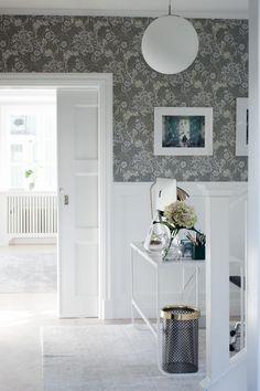 House of Philia Hallway Inspiration, Interior Inspiration, House Of Philia, Small Bungalow, Scandinavian Living, Cottage Design, Design Moderne, Beautiful Interiors, Home Interior Design