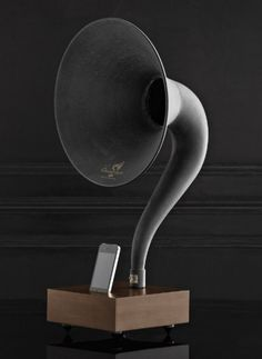 A Gramophone for Your Phone ♥ re-pinned by www.wfpcc.com