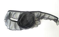 Strumpfband  mit Blüte in schwarz von soschoen auf DaWanda.com