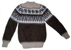 #Kinder #Pullover mit Alpaka Designs aus naturbelassener #Alpakawolle. Kinder 4 - 6 Jahre.  Handgestrickt in den Anden Perus. Für Kinder sehr wichtig, Alpakawolle kratzt nicht, da die Fasern der Wolle Röhren sind und keine Zacken haben. Mantel, Unisex, Men Sweater, My Style, Designs, Sweaters, Fashion, Ponchos, Fur