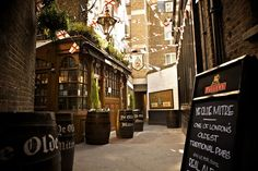 The Oldest Pubs to Visit in London