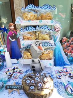 Mishka Project Events - Fiesta Frozen. Mesa de dulces, Eventos, Fiesta, Party , Events, Planning, Candy Bar, Candy Table.