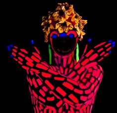 UV and Blacklight Photography by rojo-elaalex on DeviantArt Uv Photography, Uv Makeup, Colors Of Fire, Acid Art, Neon Party, Art Of Living, Body Painting, Painting Art, Light Art