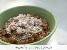 Škoricovo-ovsená kaša s kokosom Cereal, Oatmeal, Healthy Recipes, Breakfast, Food, Fitness, Breakfast Cafe, Essen, Healthy Eating Recipes