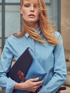 Bolsos de mujer de Massimo Dutti. Encuentra en la colección de otoño invierno 2016 bolsos de mano, shoppers, bandoleras y monederos. ¡Elegancia natural!