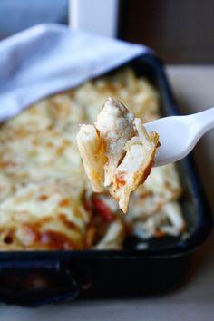 Penne la cuptor cu piept de pui și mozzarella - The secret ingredient is one heaping teaspoon of love Penne, Mozzarella, Fine Dining, Pens