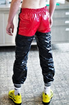 I am a boi with a fetish for bomber jackets and shiny nylon jackets. I enjoy being controlled with the jackets - being told when and how to wear them and being made to do things to my jackets as. Rubber Catsuit, Down Suit, Lycra Men, Pvc Raincoat, Plastic Pants, Mens Outfitters, Sensual, Leather Men, Sexy Men
