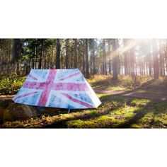 Red white and blue British union jack flag tents, high quality for all weather summer snow wind they will be the best protection union jack tents on the market Picnic Blanket, Outdoor Blanket, Snow In Summer, Queen Birthday, Cool Tents, Union Jack, Upcoming Events, Glamping, American Flag