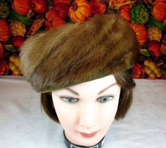 2577e44b0bbe5 Darcel Exclusive Vintage 60 s Cinnamon Brown Mink Fur Pillbox Hat Union  Label  Pillbox Ladies Hats