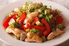3 υγιεινές ιδέες για γρήγορο βραδινό φαγητό, κοτόπουλο με λαχανικά Raw Vegan Recipes, Cooking Recipes, Healthy Recipes, Colombian Food, Chicken Salad Recipes, Vegetable Salad, Spring Recipes, Chicken And Vegetables, Cooking Light