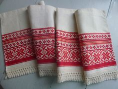 Vintage Swedish cafe curtain / Nordic pattern by Scandivintage. $15.00 USD, via Etsy.