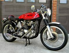 The Perfect Cafe Racer: 1966 Norton Atlas for Sale Norton Bike, Norton Cafe Racer, Norton Motorcycle, Cafe Racer Motorcycle, Motorcycle Style, British Motorcycles, Vintage Motorcycles, Cafe Racer Magazine, Automobile