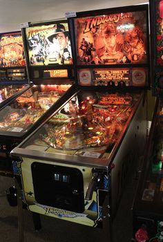 Flipper Pinball, Pinball Games, Pinball Wizard, Retro Arcade Machine, Retro Images, Indiana Jones, Fun Time, Wizards, Game Room