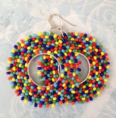 Seed Bead Earrings Rainbow Bubbles Beadwork Hoop Earrings - Big Bold Bright Colorful Beaded Hoops by WorkofHeart on Etsy Bead Jewellery, Seed Bead Jewelry, Seed Bead Earrings, Beaded Earrings, Seed Beads, Beaded Jewelry, Beading Projects, Beading Tutorials, Beading Techniques