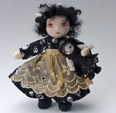 The Fairies Nest - OOAK Cloth Dolls & Fiber Fantasies: Charlotte, a Ghastly Girl Dollhouse Miniatures