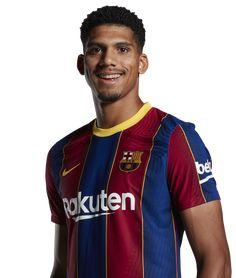 Barca Team, Iran Football, Fc Barcelona Official Website, Ronald Koeman, Barcelona Players, Soccer Stuff, Montevideo, Goalkeeper, Messi