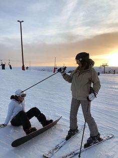 Foto Best Friend, Best Friend Goals, Best Friend Pictures, Friend Photos, Mode Au Ski, Chalet Girl, Ski Season, Ski And Snowboard, Ski Ski