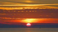 Afbeeldingsresultaat voor ondergaande zon bij zee