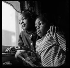 Many people from the rural areas in the South of the USA moved to New York. Tyne and Tyrees at home in Queens NY.  - Photo-essay made in South-Carolina USA in 1981 around Hartsville and Bishopville, about the mainly black residents of these rural areas.
