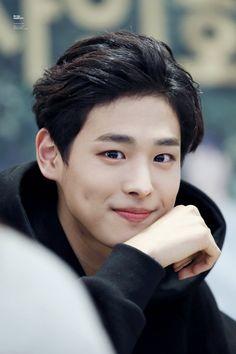 Choi Byung Chan 최병찬 || Victon || 1997 || 185cm || Vocal