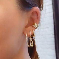 Ear Jewelry, Cute Jewelry, Jewelery, Jewelry Accessories, Jewelry Design, Casio Vintage, Pretty Ear Piercings, Fashion Jewelry, Women Jewelry