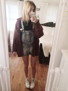 Feeling real sick but thats okay because still got to chug to school or else all hell will break loose - Brandy Melville Alien Sweatshirt + Flannel, Topshop overalls, Converse ♥️ - Have a good day...