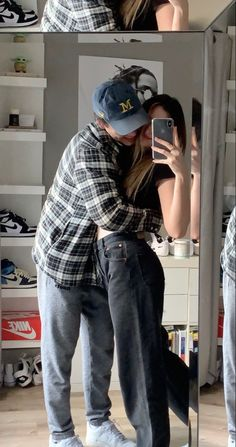 Cute Couples Photos, Cute Couple Pictures, Cute Couples Goals, Friend Pictures, Cute Photos, Couple Goals Teenagers, Couple Goals Relationships, Relationship Goals Pictures, Boyfriend Goals