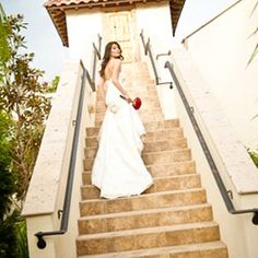 The Bell Tower On 34th has so many gorgeous outdoor areas that are perfect for pictures!