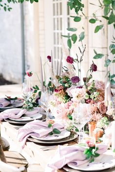 Bridal Shower Table Decorations, Bridal Shower Tables, Bridal Shower Photos, Wedding Reception Tables, Bridal Shower Invitations, Bridal Shower Photography, Winter Bridal Showers, Bridal Luncheon, Mobile Bar