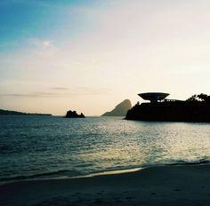 Rio(coloquial-modernista).doc Waly Salomão #niterói #riodejaneiro #mac #oscarniemeyer #guiadeniteroi #paodeacucar #praia by bruno_abdala