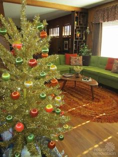 Orange and green retro Christmas tree