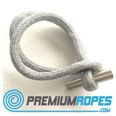 Dyneema loop with extra Dyneema loops with cover. Great to lash blocks anywhere on your boat. Made with 5mm dyneema which is lashed twice in the cover. Cover is made of 100% Dyneema. #sailing #yachtrigging #premiumropes