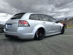 #Holden #Commodore #VE_Series #Slammed #Bagged #Tucked #Modified