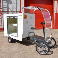 Cycle Variety (Vrachtfiets Insulated for veggie delivery. Food Cart Design, Food Truck Design, Bike Motor, Mobile Food Cart, Bike Cart, Velo Cargo, Bike Trailer, Motorcycle Trailer, Mobile Shop
